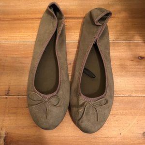 H&M olive ballet flats